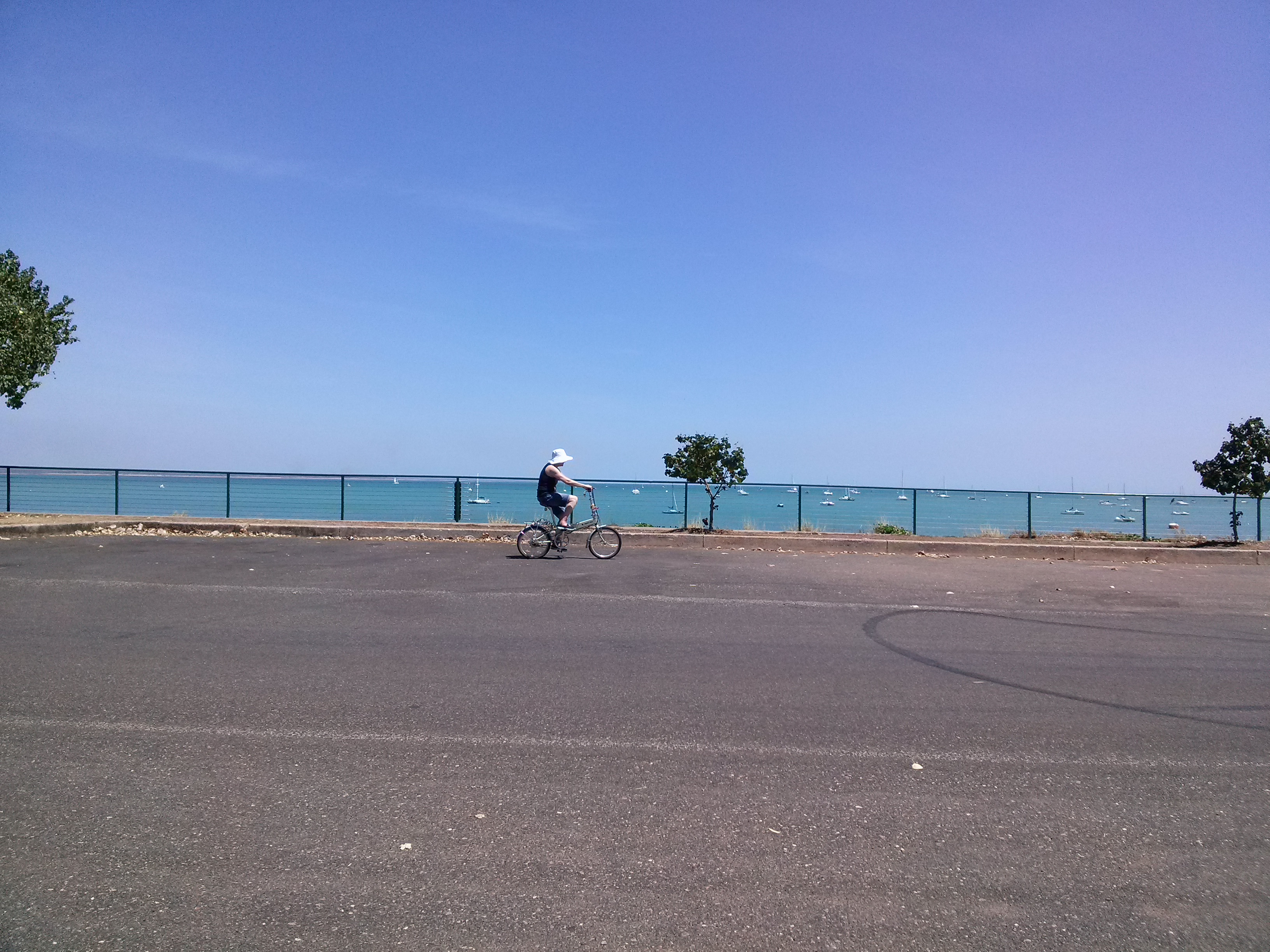 Cycling in Darwin