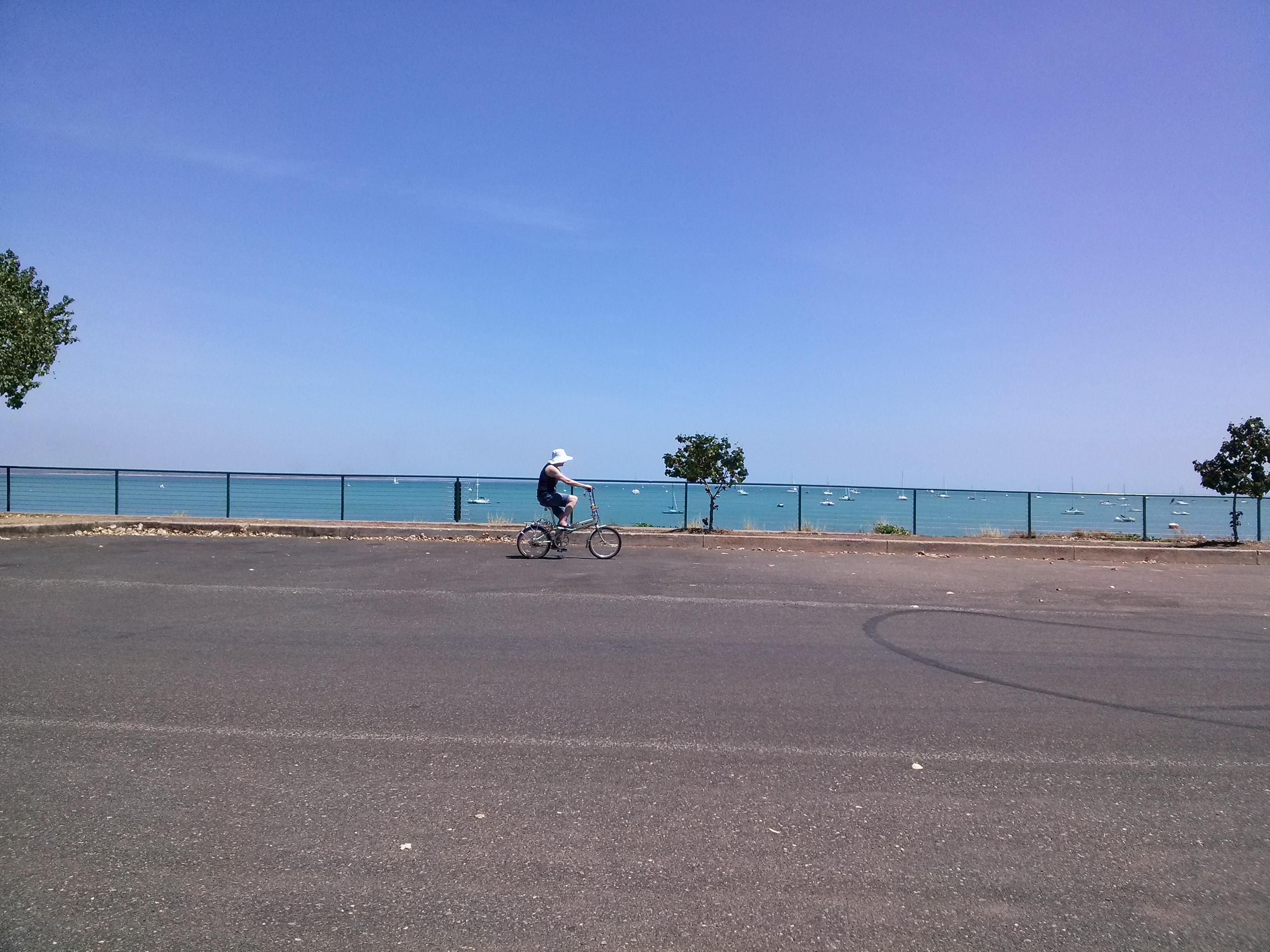 Cycling in Darwin